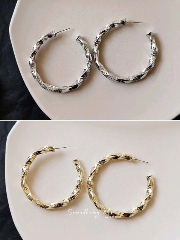 ER031 韓國 時髦感C字耳環