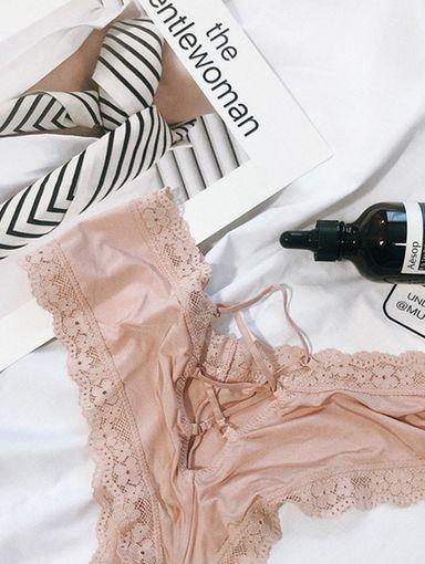 AF210501 浪漫花朵蕾絲交叉絲質內褲 7色